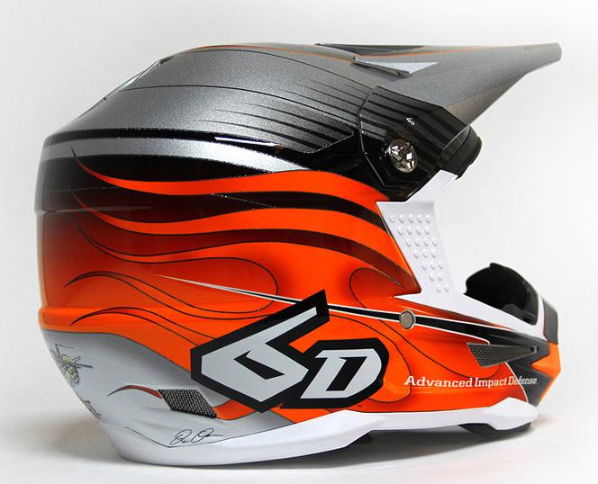 6d_crusader_helmet_orange_blk