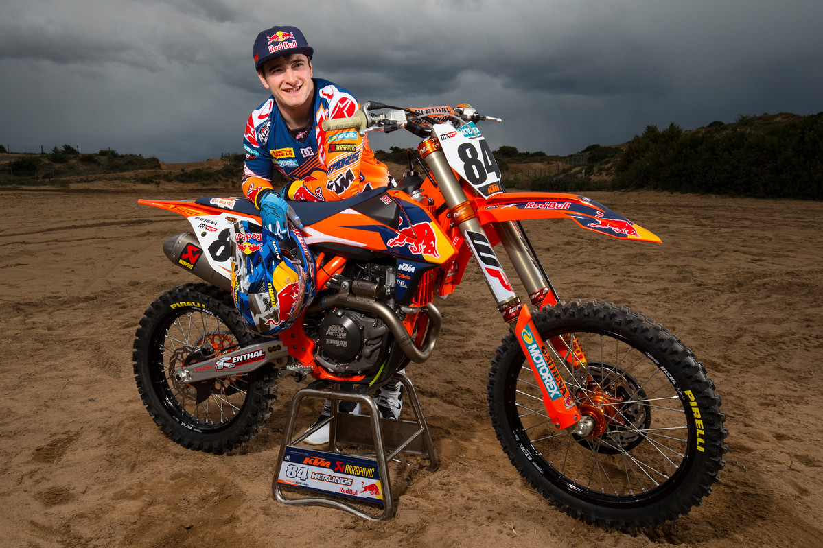2017-Red-Bull-KTM-MXGP-First-Look_064